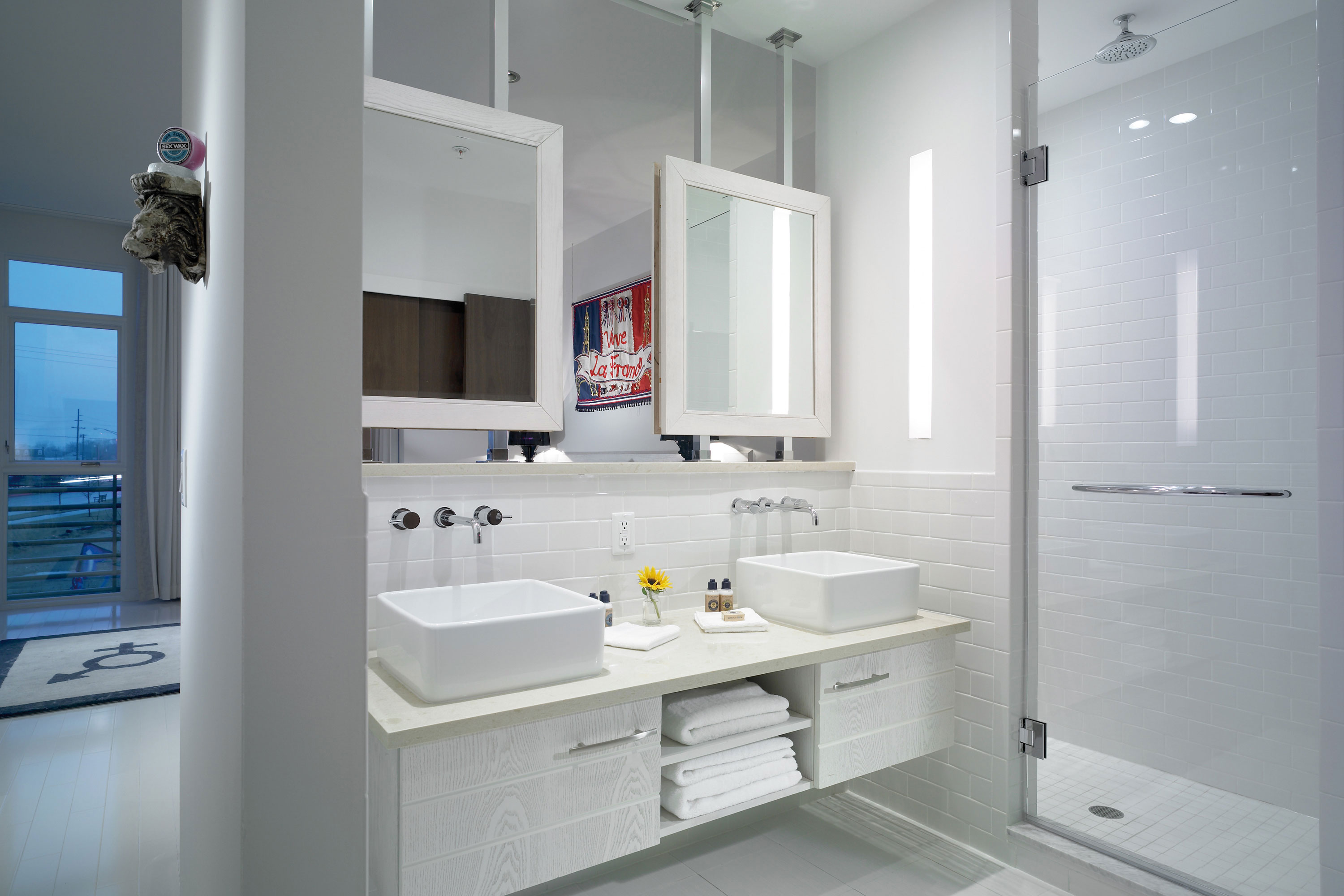 Hotel Bathroom Sink : bungalow hotel is a boutique luxury lifestyle hotel located on pier ...