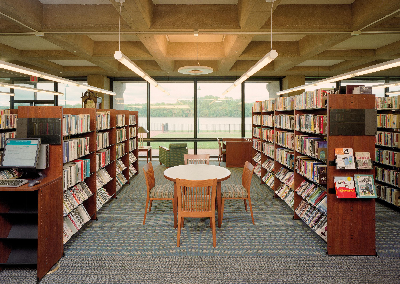 Bookshelves Grundy Library Beam Illuminating Architecture